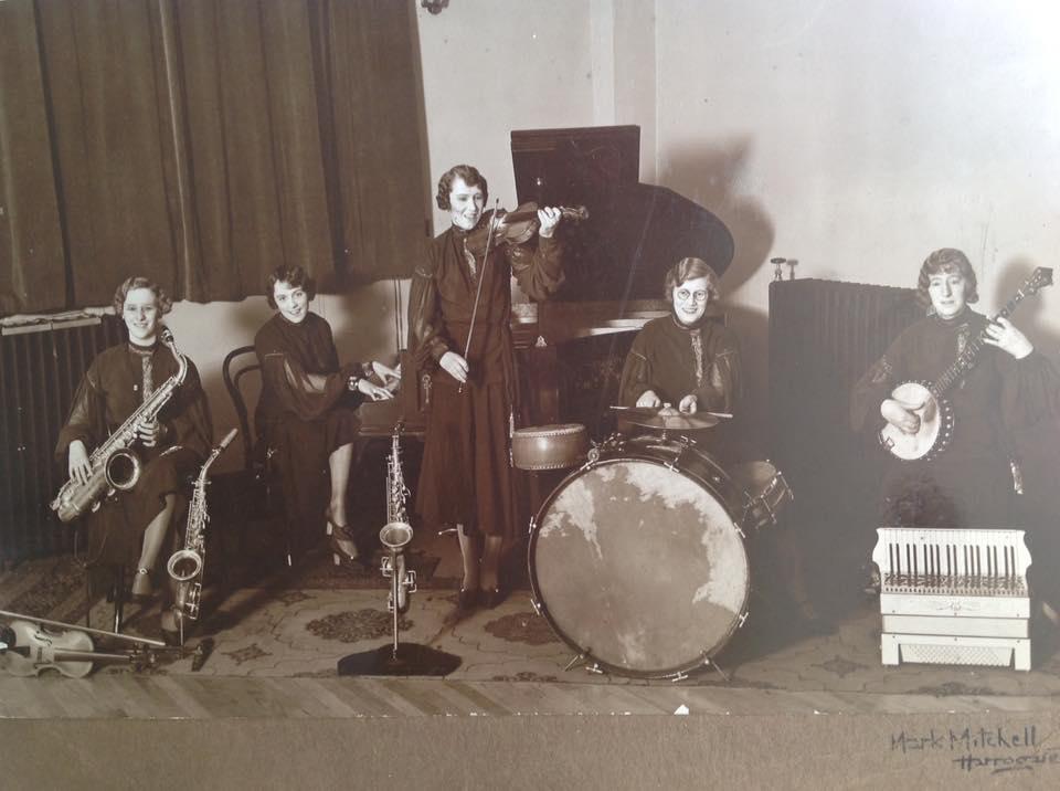 Ladies' band